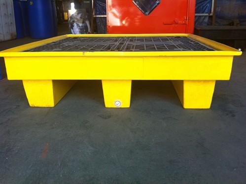 A bunded spill pallet spill containment pallet